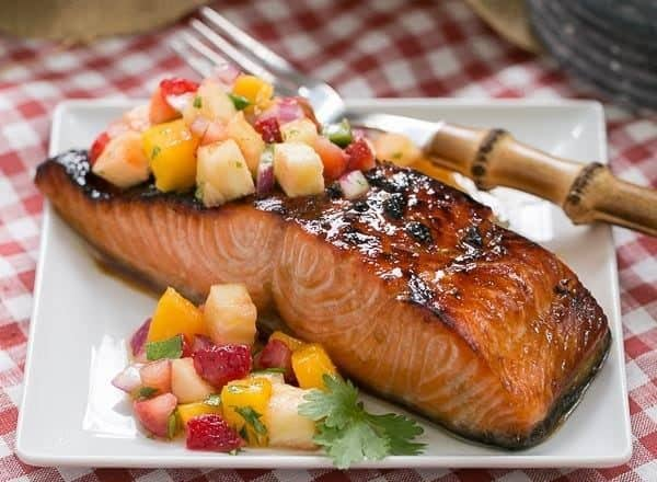 Maple Glazed Salmon | A super easy soy and maple marinated salmon that's cooked under the broiler