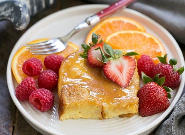 Crème Brûlée French Toast | Caramel lovers will swoon with every bite of this overnight breakfast casserole