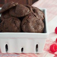 Cookies and Cream Cookies |Chocolate cookies loaded with Oreo crumbs and cocoa