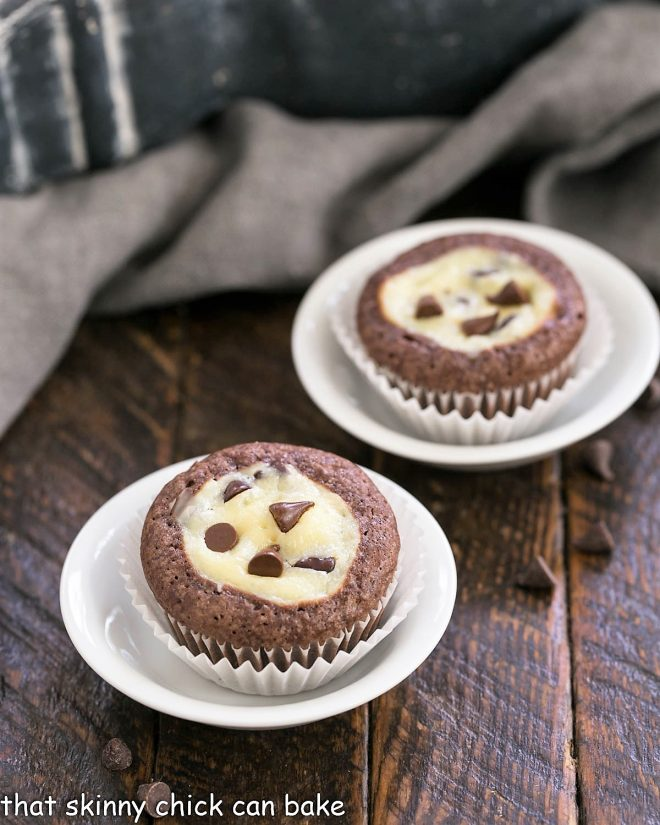 2 Brownie Bites in small round dishes