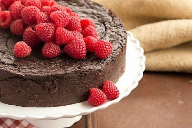 Flourless Chocolate Kahlua Cake featured image