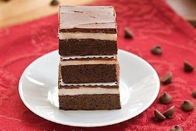 Brownies with Vanilla Cream Filling