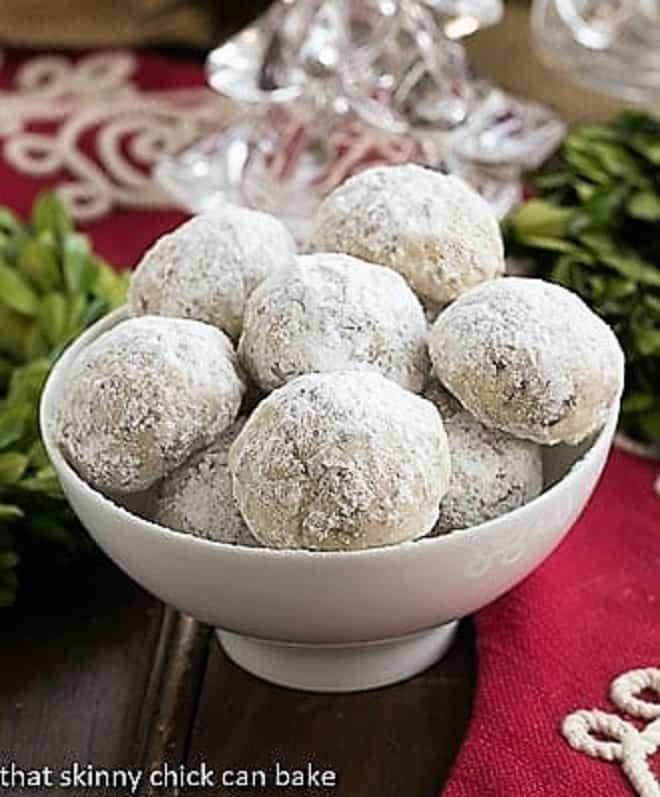 Toffee Noel Nut Balls