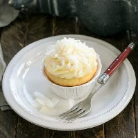 coconut cupcakes featured image