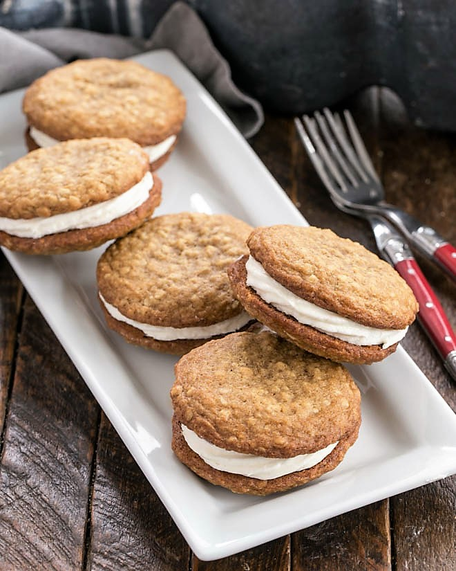 A white tray full of Oatmeal Creme Pies