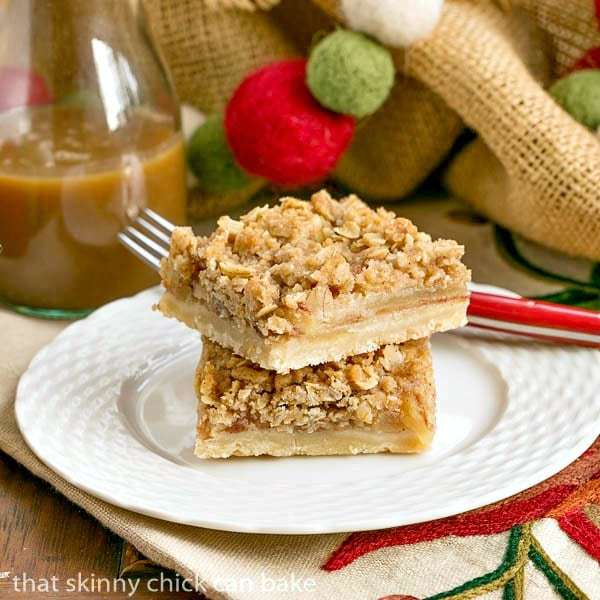 Apple Streusel Bars | All the flavors of apple pie with half the effort!