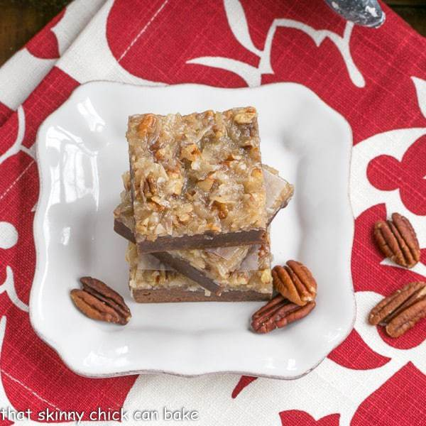 German Chocolate Brownies | Fudgy brownies topped with a caramelly, coconut, pecan topping