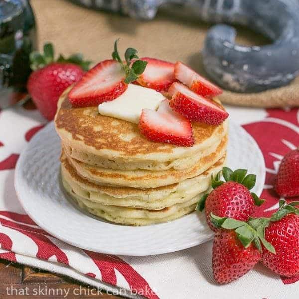 Classic Buttermilk Pancakes #BrunchWeek