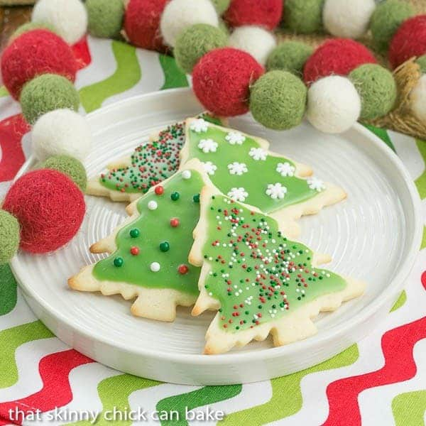 Best Sugar Cookies | Perfect cut-out cookies for all holidays and celbrations
