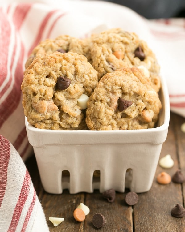 Triple Threat Oatmeal Cookies in a ceramic container