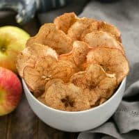 Cinnamon Apple Chips | An irresistible 3-ingredient snack