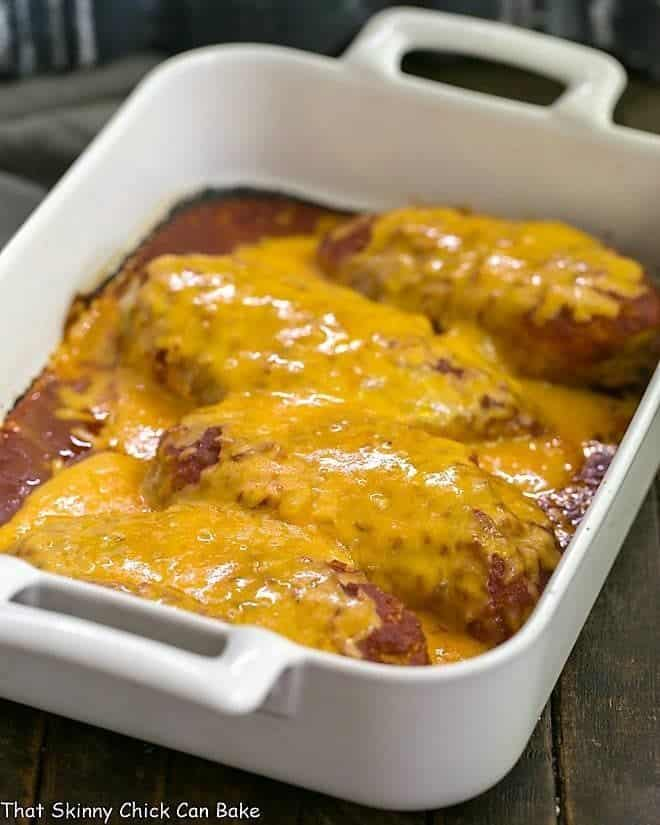 Easy Salsa Chicken in a white rectangular porcelain dish