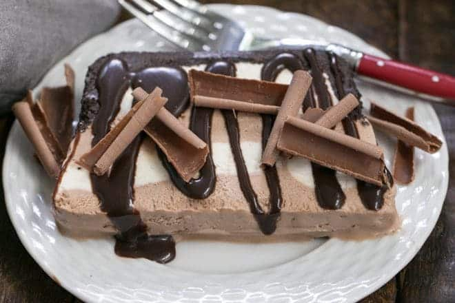 No-Churn Ice Cream Cake - a luscious layered ice cream dessert