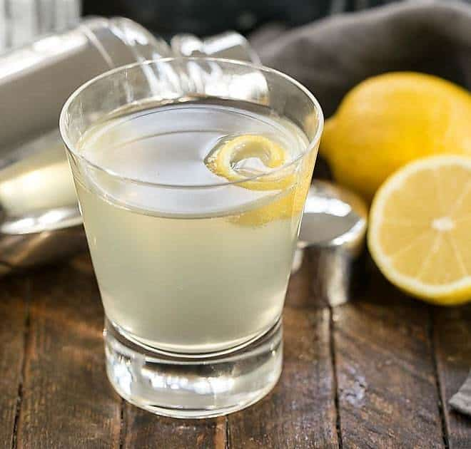 French 75 Champagne Cocktail with fresh lemons