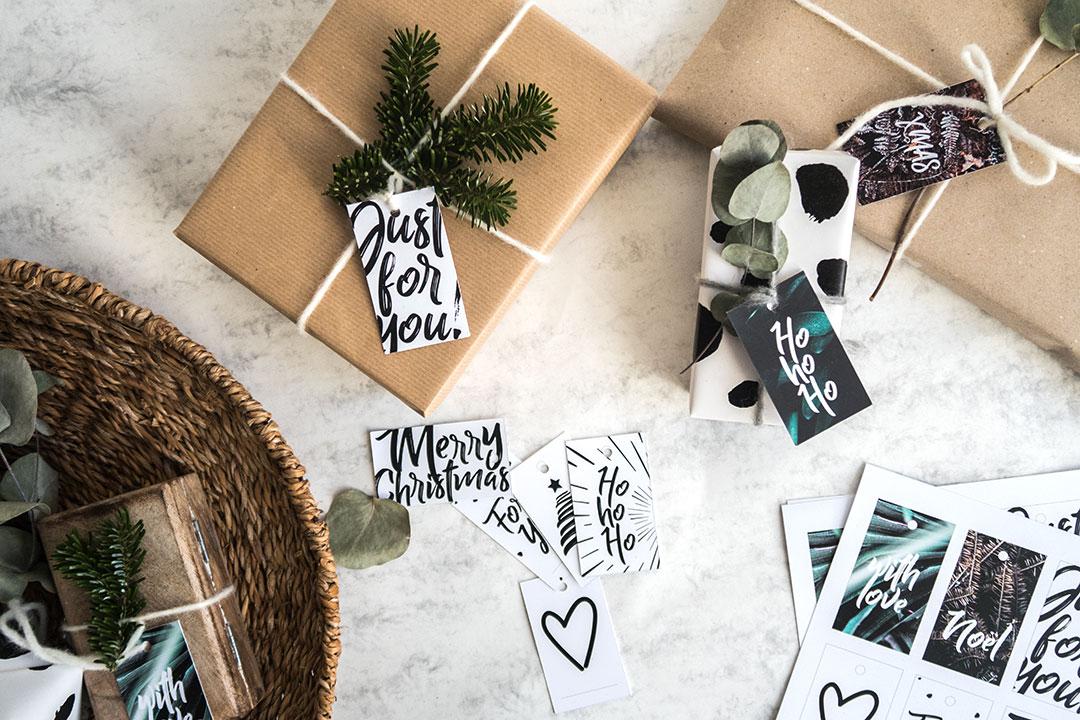 Weihnachtliche Geschenkanhänger zum Ausdrucken