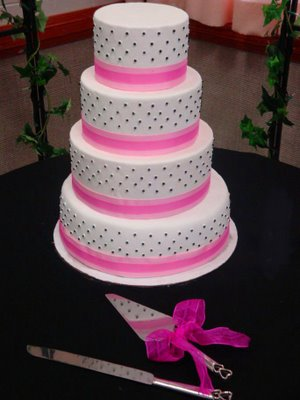 Black and Pink Wedding Cake | That\'s My Cake!