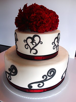 Red-and-black-wedding-cake-ut