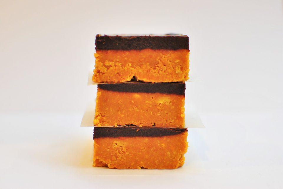 peanut butter chocolate slice