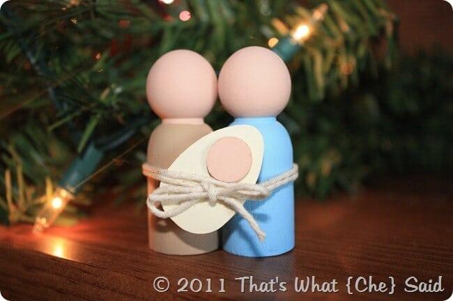 Miniature_Nativity_Scene_DIY_at_thatswhatchesaid.net