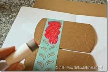 DIY Gift Wrap at www.thatswhatchesaid.com