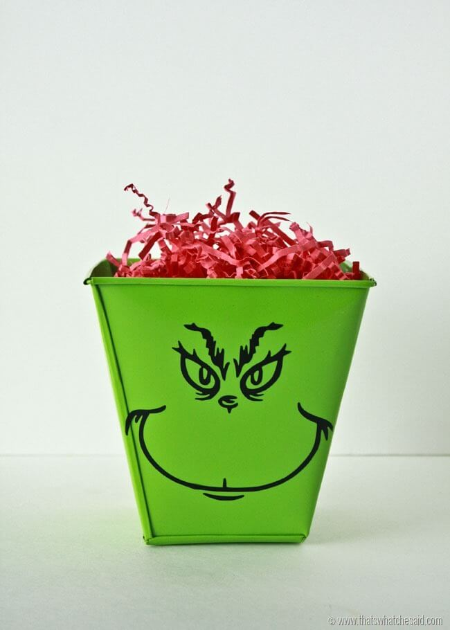 Grinch Gift Packaging Ideas Using The Trace Feature
