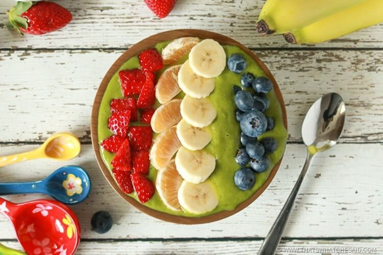 Rainbow Green Smoothie Bowl - Fresh and Healthy