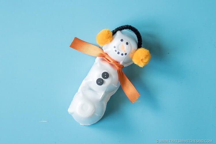 Easy Winter Snowman Egg Carton Craft Idea