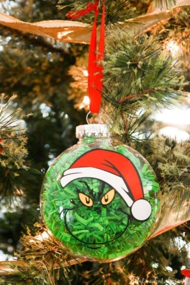 Easily make a grinch ornament with this free cut file