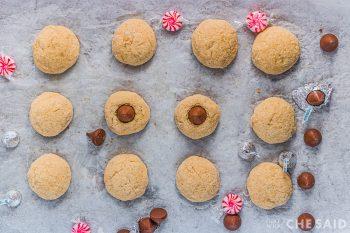 Pressing kisses in baked cookies