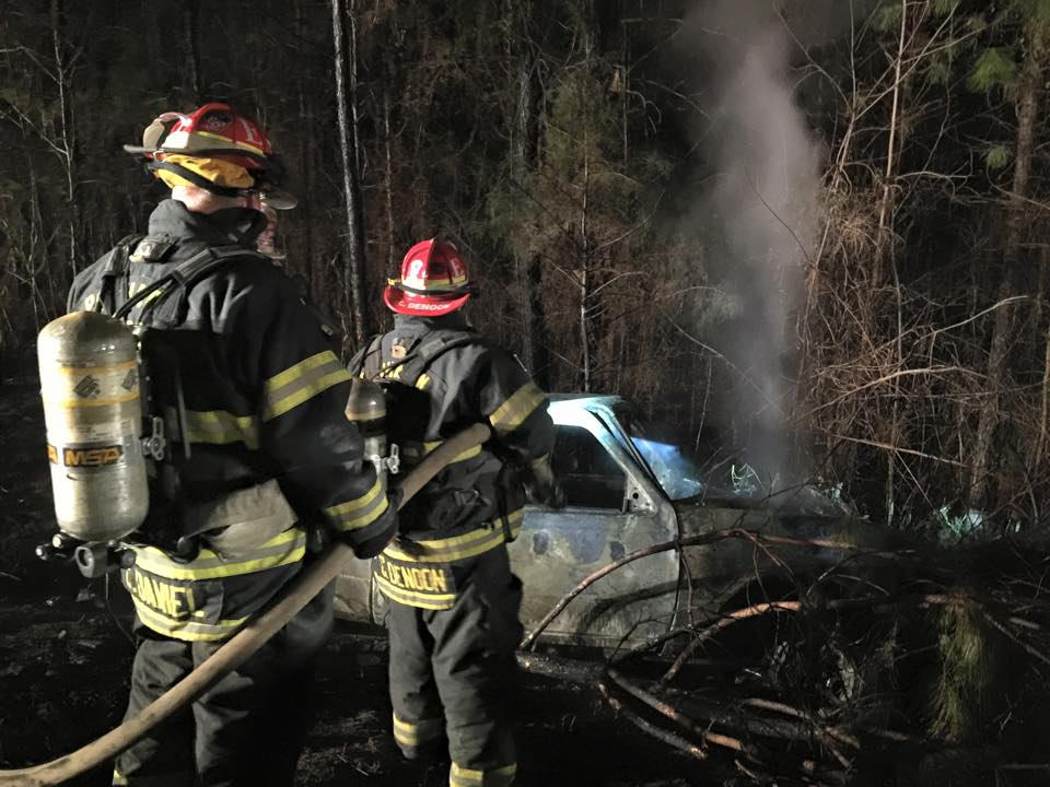 Bagby's pickup truck fire extinquished by Powhatan Firefighters 040515