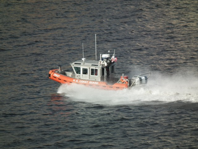 Coast Guard fast response boat underway. THE CHESAPEAKE TODAY photo