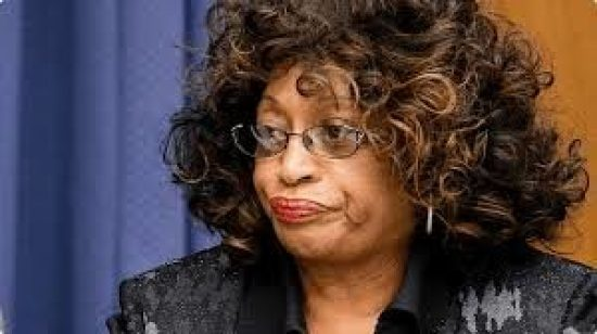 Congresswoman Corrine Brown indicted for fraud along with chief of staff 070816