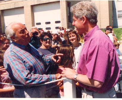 They both should have checked their wallets. President Bill Clinton meets Jack Rue.