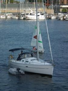 Eastport Bridge at Spa Creek opens for this sailboat. THE CHESAPEAKE TODAY photo