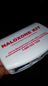 Naxalone kit