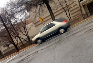 Ford gang Tan SUV