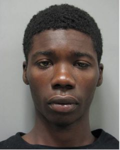 Tykwon Boyd MCPD-CVS-Pharmacy-robbery-of-drugs-092116.
