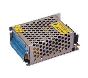 ALIMENTATORE SWITCHING IN METALLO 12V 2A 90X65X40MM