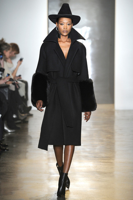 Cushnie et Ochs Fall 2014 Ready to wear collection - 9, milk studios, milk made, Ready to wear, Black designers, Black fashion Designers, Models of Color, Asian Models, Black Models, African American Models, Asian American Models, Cushnie et Ochs, Cowgirl, Cowgirl fashion, Western Wear, Western Hats, Cowgirl Hats, Fashion Show, New York Fashion Week, Fall Winter New York Fashion Week, Autumn Winter New York Fashion Week, Fashion Bloggers, Fashion Blog, Black Fashion Blogger, Beauty Blogger, Beauty Blog, Art Blog, Texas Blogger, NYC, New York Bloggers, New York Blog, NYFW14, NYFW