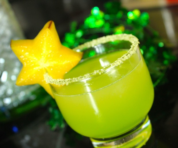 Mexican Leprechaun Drink, St. Patricks Day Drinks, Adult st. Patricks Day Drinks, Tequila recipes, St. Patricks Day Recipes, Alcohol recipes, Easy Alcohol Drink Recipes, green alcohol drink recipes, best St. Patricks Day Drinks