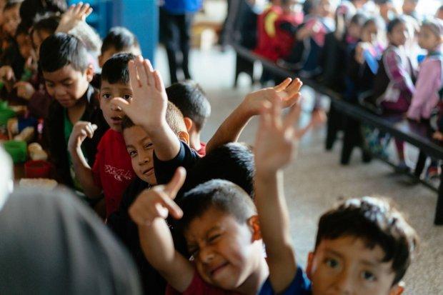 Charity in Guatemala, Charity work in Antigua Guatemala, Volunteer work in Antigua Guatemala, Working with children in Antigua Guatemala, Working with kids in antigua guatemala