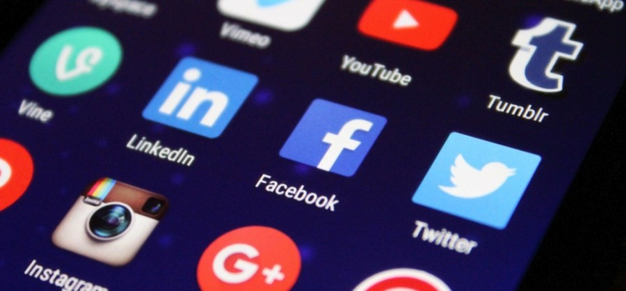 use social media to connect with other people who are already working in the IT industry