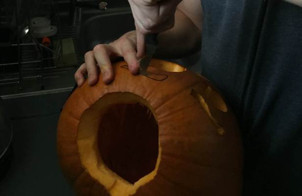 carving-the-pumpkin