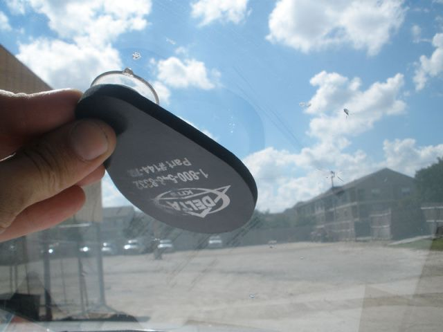 windshield chip or crack repair mirror