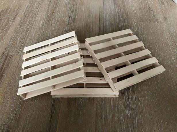 wood pallet coasters
