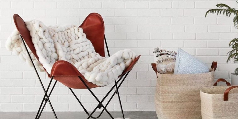 Make the ambience cozy and welcoming with the right accessories