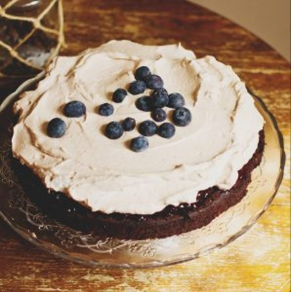 Veganer Blaubeerkuchen mit hellem oder dunklem Boden – jedem nach seinem Geschmack