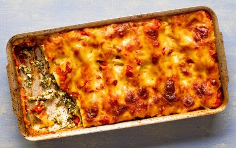 Heiß & lecker: Gefüllte Cannelloni mit veganem Ricotta und Blattspinat