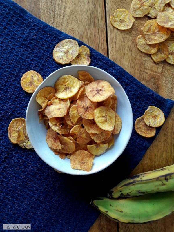 Wir lieben Kochbananenchips als Snack beim Filmabend oder für unterwegs