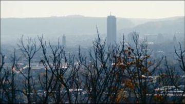 Kopfüber Bernd Sahling Jena Panorama vom Landgrafen